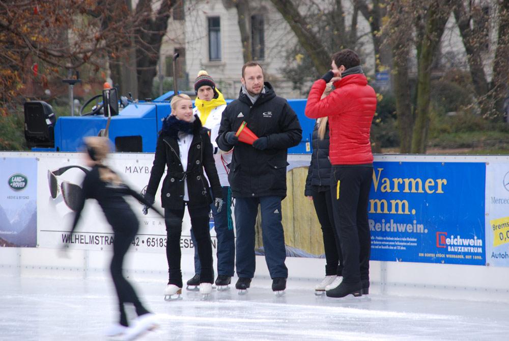 2014 Besuch Aljona – Trainingsbesprechnung der Eislaufstars