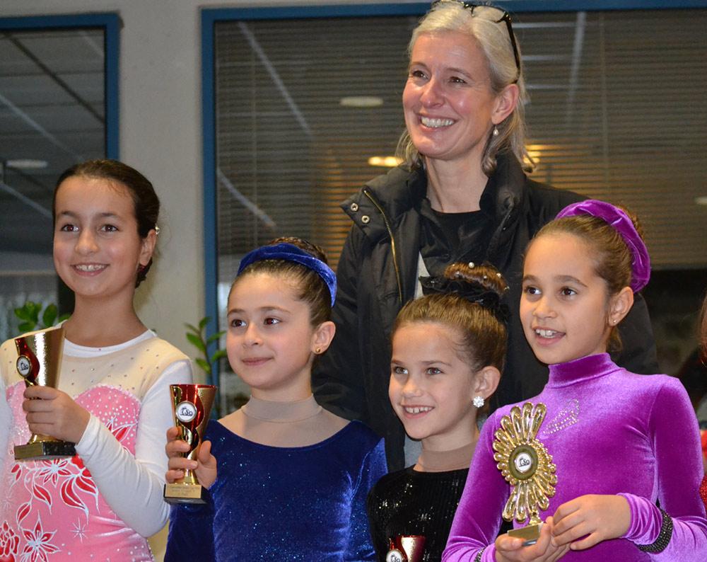 2014 Frozencup – Trainerin Conny und ihre Mädels